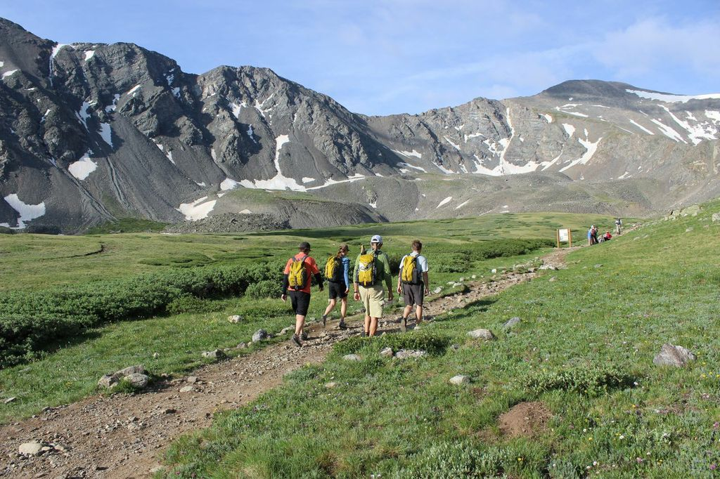 Mountainsmith and American Alpine Club employees set out on the Gray's Peak and Torrey's Peak trail.