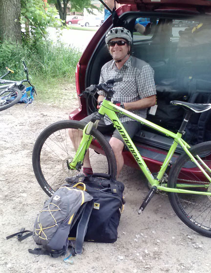Hal Ellms from Pinnacle Outdoor Group ready to ride… Mountainsmith Bike Cube and Spirit 12 pack ready with his Cannondale mountain bike.