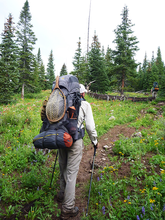 jonathan hill hiking with the Mountainsmith Mystic 65